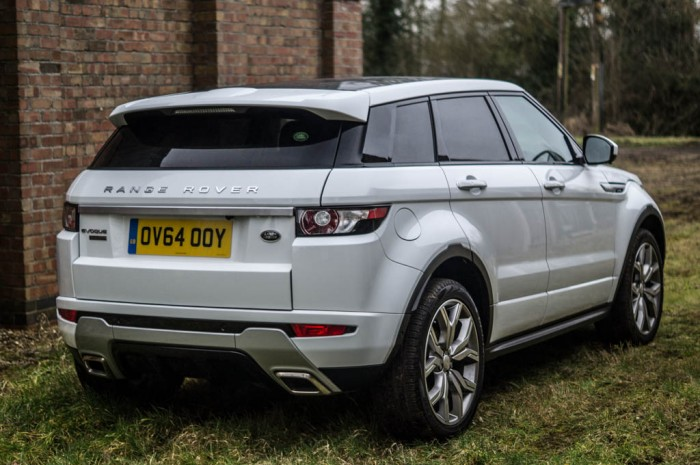 2015 Range Rover Evoque Autobiography 4WD Review - Rear Angle Close - Carwitter