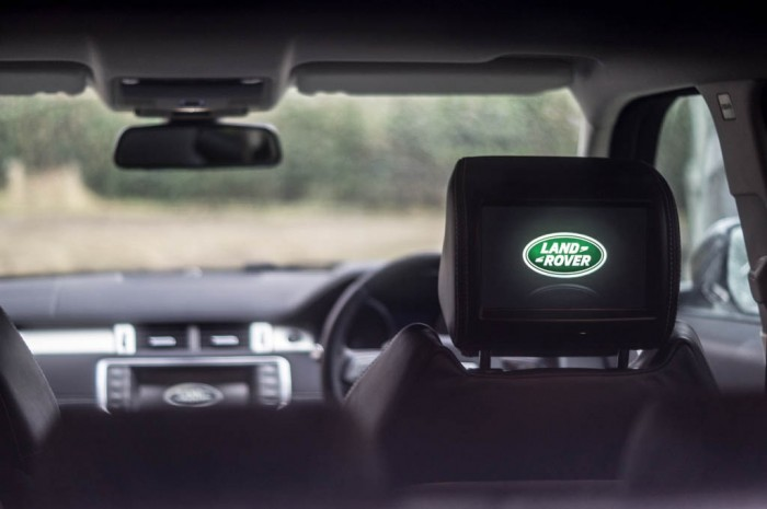 2015 Range Rover Evoque Autobiography 4WD Review - TV Headrest - Carwitter