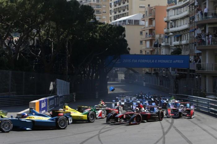 Formula E Monaco Race Start 700x467 - Formula E - Monaco - Buemi Triumphs in Chaotic Race - Formula E - Monaco - Buemi Triumphs in Chaotic Race