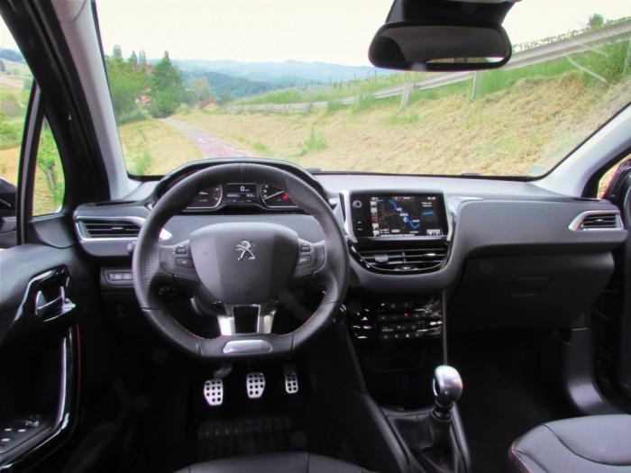Peugeot,208,Facelift,2015,Carwitter14