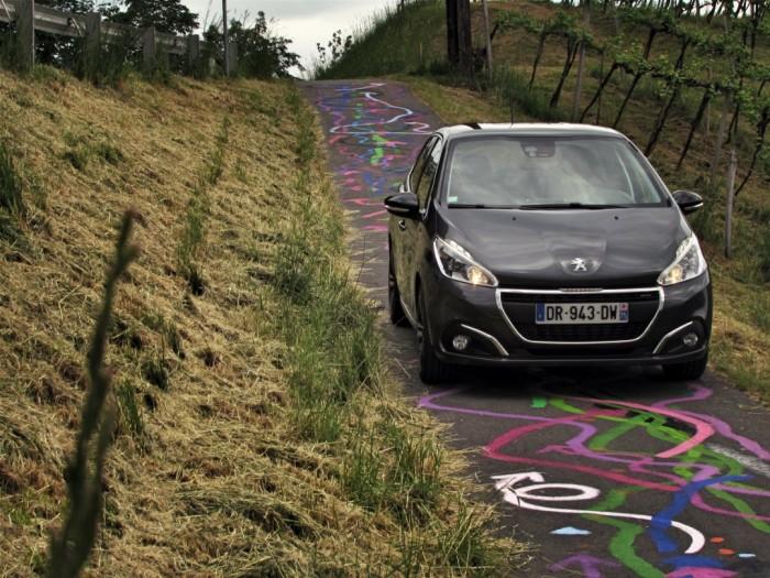 Peugeot,208,Facelift,2015,Carwitter9