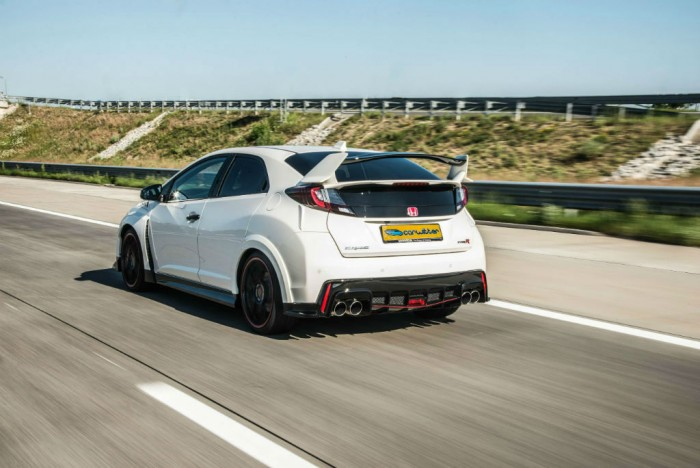 2015 Honda Civic Type R Rear Tracking carwitter 700x468 - 2015 Honda Civic Type R  Review – VTEC, but not as we know it - 2015 Honda Civic Type R  Review – VTEC, but not as we know it