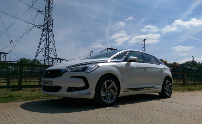 DS 5 Review UK First Drive 150 Front Three Quarter Low 700x432 - 2015 <del>Citroën</del> DS 5 Review - A brand launcher? - 2015 <del>Citroën</del> DS 5 Review - A brand launcher?
