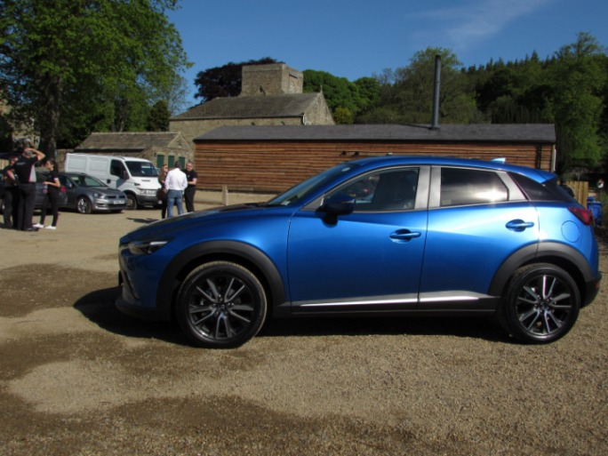 MazdaCX32015sideblueCarwitter - 2015 Mazda CX3 Review - Not just a bold looker - Mazda,CX3,2015,side,blue,Carwitter