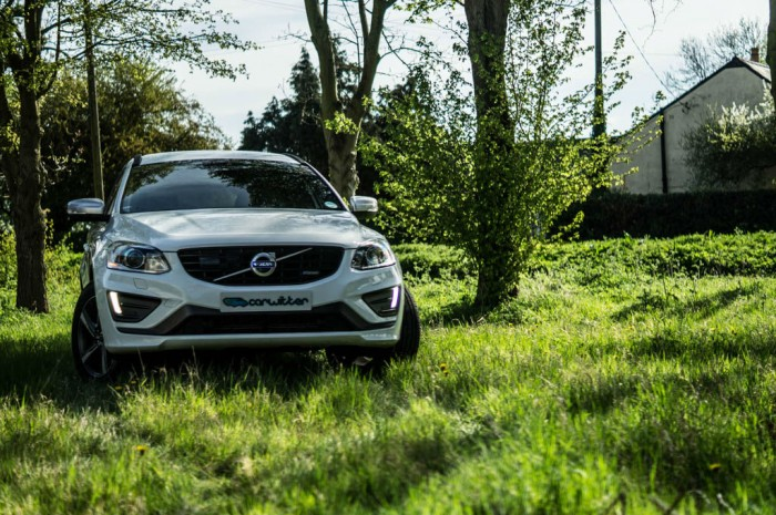 2015 Volvo XC60 RDesign D4 Review Front Scene carwitter 700x465 - 2015 Volvo XC60 Review – Stable Swede - 2015 Volvo XC60 Review – Stable Swede