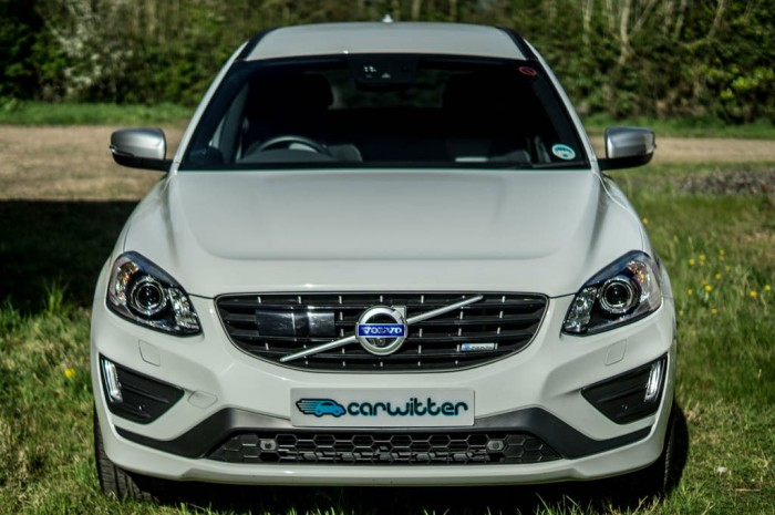 2015 Volvo XC60 RDesign D4 Review Front carwitter 700x465 - 2015 Volvo XC60 Review – Stable Swede - 2015 Volvo XC60 Review – Stable Swede