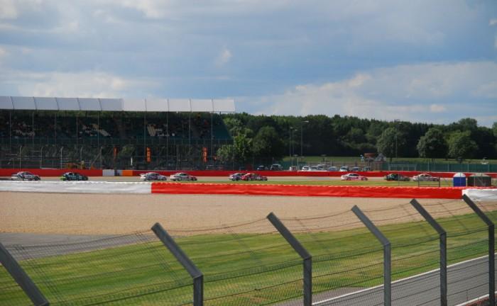 Silverclasic15 STCC Start 700x432 - Silverstone Classic 2015 Review - Silverstone Classic 2015 Review