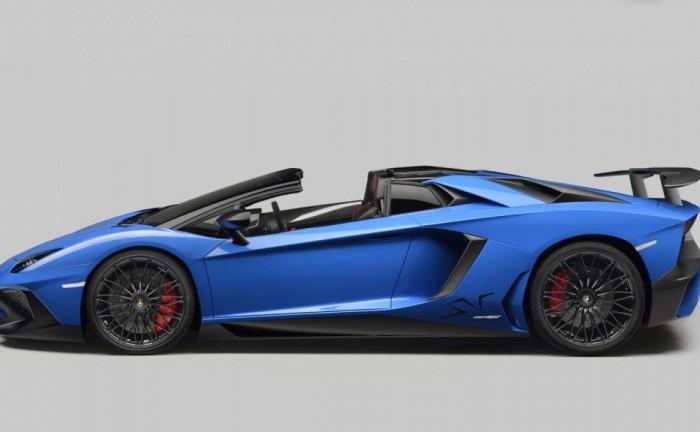 1208314802571897676 700x432 - Lamborghini Aventador SV Roadster Revealed - Lamborghini Aventador SV Roadster Revealed