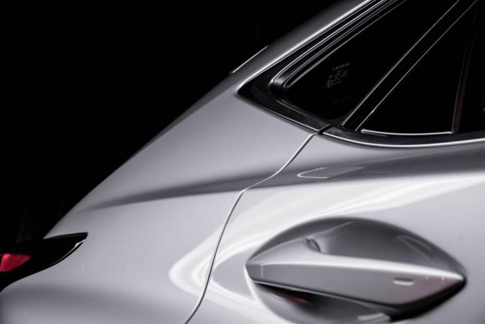 2015 Lexus NX 300h Review Door Hangle Detail carwitter 700x467 - 2015 Lexus NX 300h Review – Futuristic luxury - 2015 Lexus NX 300h Review – Futuristic luxury
