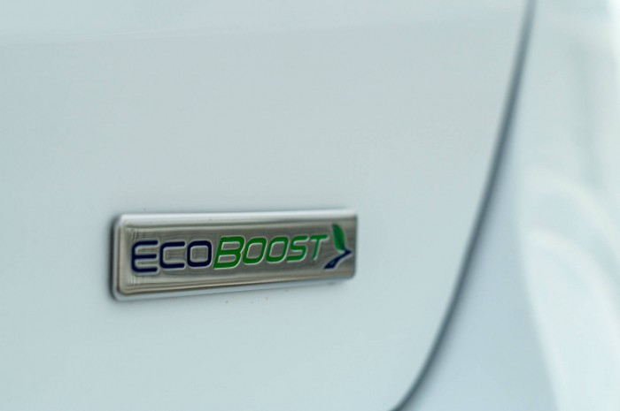2015 Ford Focus 1 Litre EcoBoost Review - Badge - carwitter