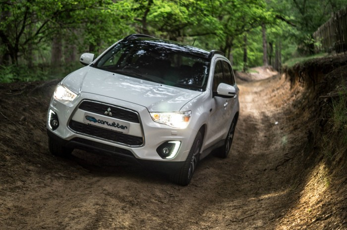 2015 Mitsubishi ASX 4WD - Front Action - carwitter