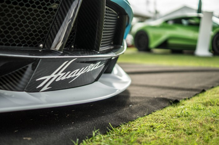 Salon Prive 2015 Review Pagani Huayra Front Logo carwitter 700x465 - Salon Privé 2015 - New location, better than ever - Salon Privé 2015 - New location, better than ever