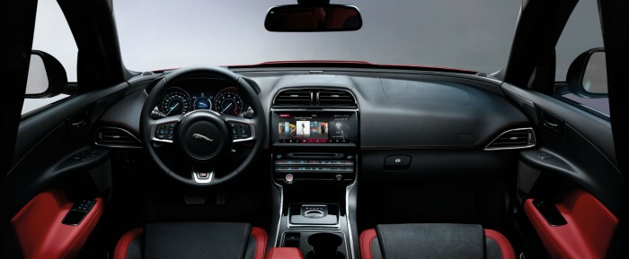2017 Jaguar XE - Dashboard Interior - carwitter