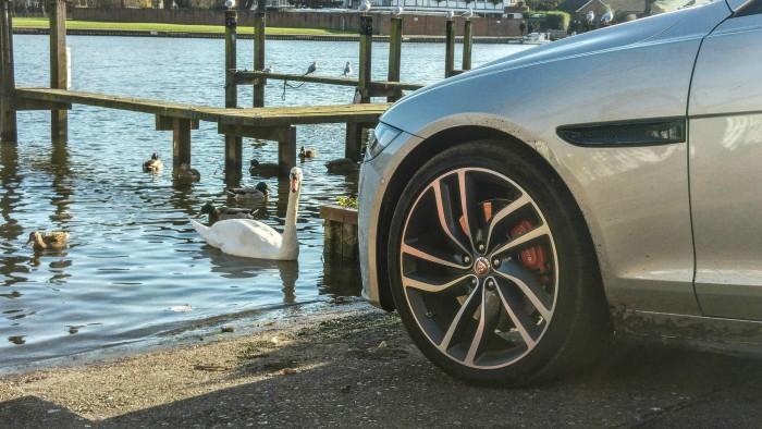 2016 Jaguar XF Review - Alloys - carwitter