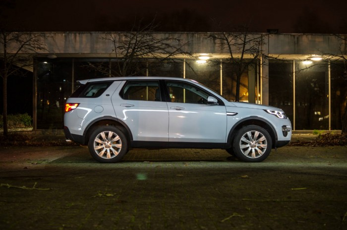 Land Rover Discovery Sport Review - Side On - carwitter