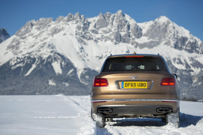 Bentley Bentayga - Kitzbühel - Rear - Carwitter