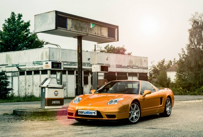 2005 Honda NSX - Imola Orange - Front Angle - carwitter
