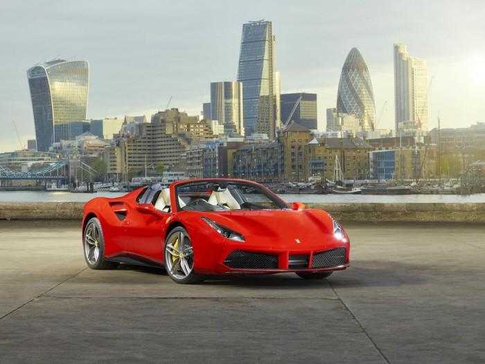 Ferrari 488 Spider London - Front Angle - carwitter