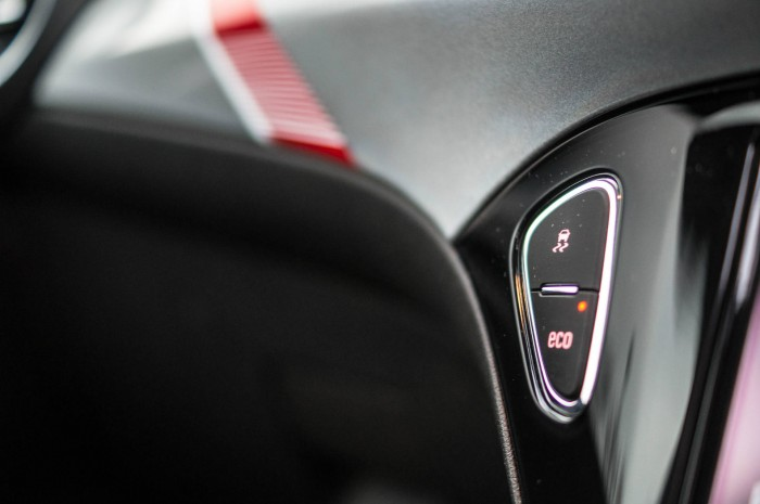Vauxhall ADAM S Review - Traction Control Button - carwitter