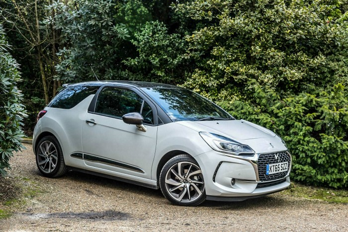 2016 DS3 Review - Front Angle - carwitter