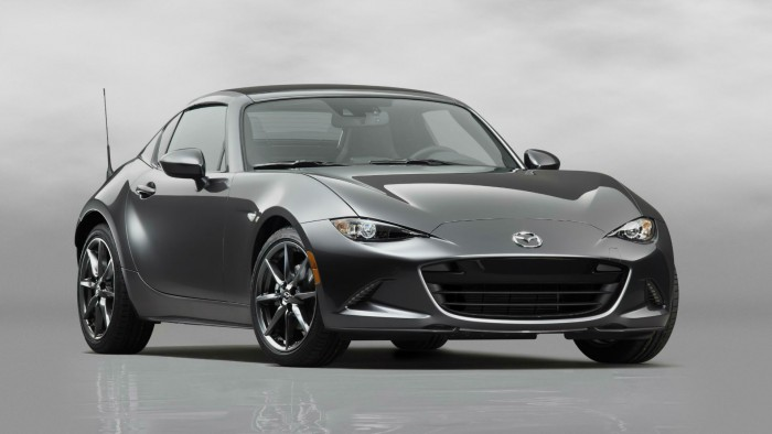 2016 Mazda MX 5RF Front Angle carwitter 700x394 - Fifth gen Mazda MX-5 gets a hard top - MX-5 RF breaks cover - Fifth gen Mazda MX-5 gets a hard top - MX-5 RF breaks cover
