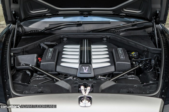 2016 Rolls Royce Ghost Series 2 Review Engine Bay V12 carwitter 700x465 - 2015 Rolls Royce Ghost Series 2 Review - 2015 Rolls Royce Ghost Series 2 Review