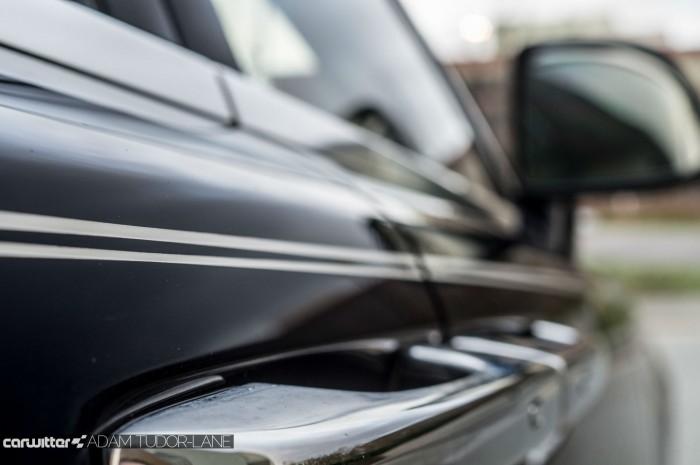 2016 Rolls Royce Ghost Series 2 Review Pinstripe carwitter 700x465 - 2015 Rolls Royce Ghost Series 2 Review - 2015 Rolls Royce Ghost Series 2 Review
