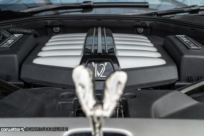 2016 Rolls Royce Ghost Series 2 Review Spirit V12 Badge carwitter 700x465 - 2015 Rolls Royce Ghost Series 2 Review - 2015 Rolls Royce Ghost Series 2 Review