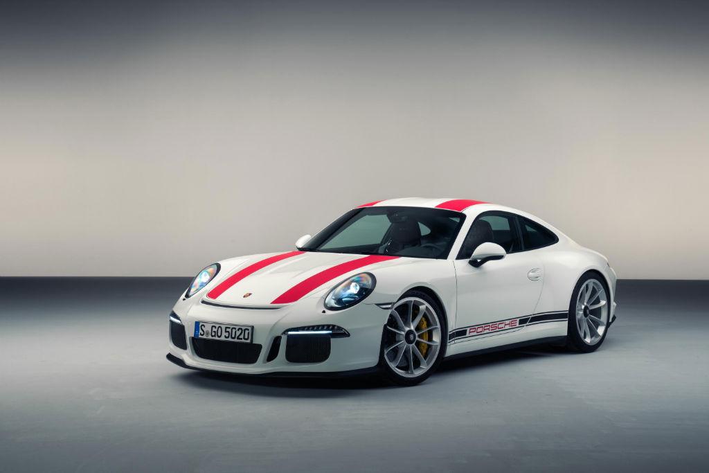 911 R Front - Porsche 911 R Makes Debut at 2016 Geneva Motor Show - Porsche 911 R Makes Debut at 2016 Geneva Motor Show