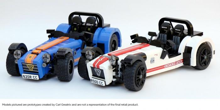 Caterham Seven 7 LEGO Model - White Blue - carwitter