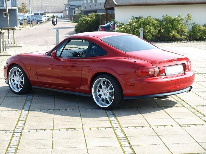 Mazda MX5 Fastback - carwitter