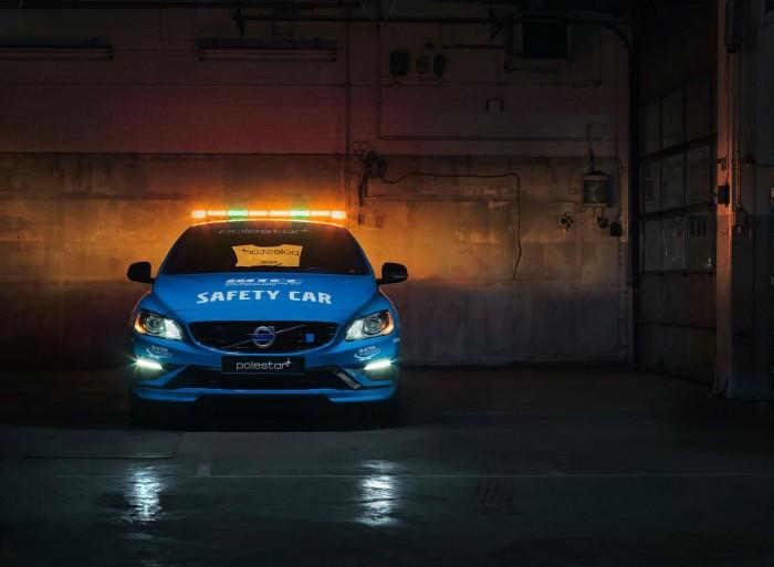 Volvo V60 Polestar WTCC Safety Car - Front - carwitter