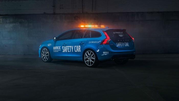 Volvo V60 Polestar WTCC Safety Car - Side Angle - carwitter