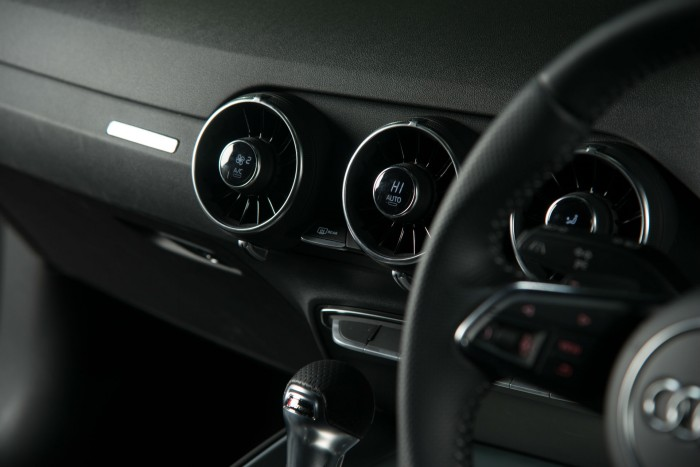 2016 Audi TT 2.0 TFSI Quattro Review Air Vents carwitter 700x467 - 2016 Audi TT 2.0 TFSI Quattro Review – Beast - 2016 Audi TT 2.0 TFSI Quattro Review – Beast