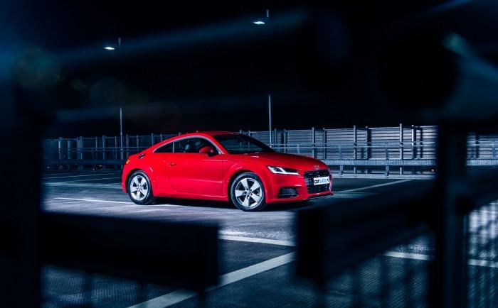 2016 Audi TT 2.0 TFSI Quattro Review - Side Scene - carwitter