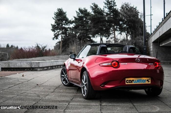 2016 Mazda MX5 160 PS Review Rear Scene carwitter 700x465 - 2016 Mazda MX-5 160PS Review - 2016 Mazda MX-5 160PS Review