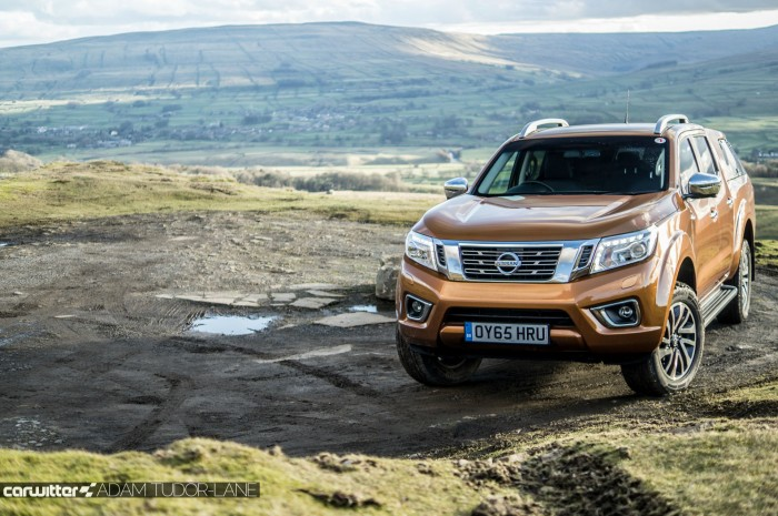 Nissan Navara NP300 Automatic Review Front carwitter  700x465 - Nissan Navara NP-300 Review - A premium pickup - Nissan Navara NP-300 Review - A premium pickup