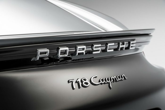 Porsche 718 Cayman - Spoiler - carwitter