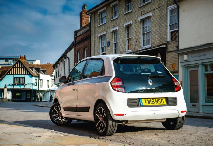 Renault Twingo London Test Drives 2 - carwitter