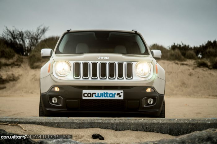 2016 Jeep Renegade Review - Front Low - carwitter