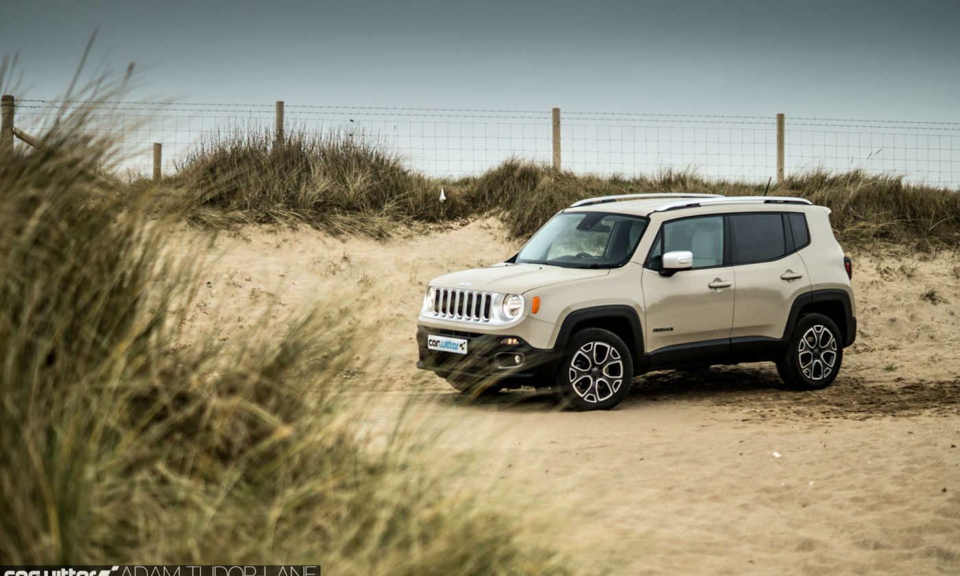 2016 Jeep Renegade Review Front Scene Main carwitter 1400x840 - Jeep Renegade Review – The eye is in the detail - Jeep Renegade Review – The eye is in the detail