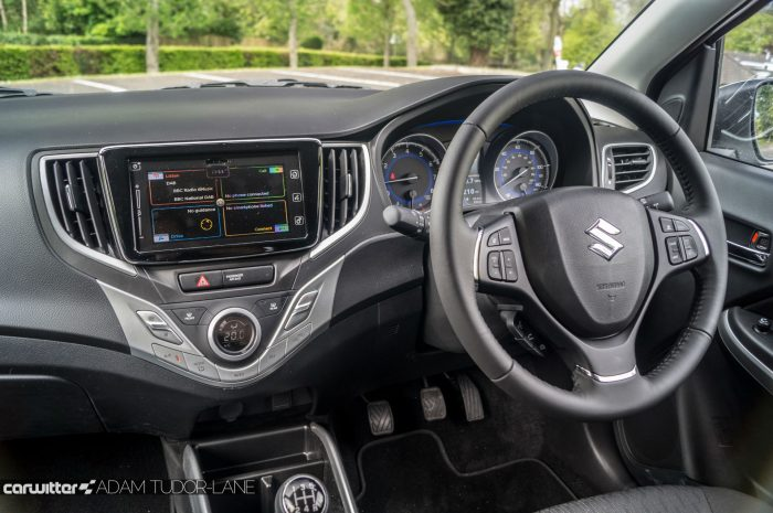 2016 Suzuki Baleno Review - Dashboard Interior - carwitter