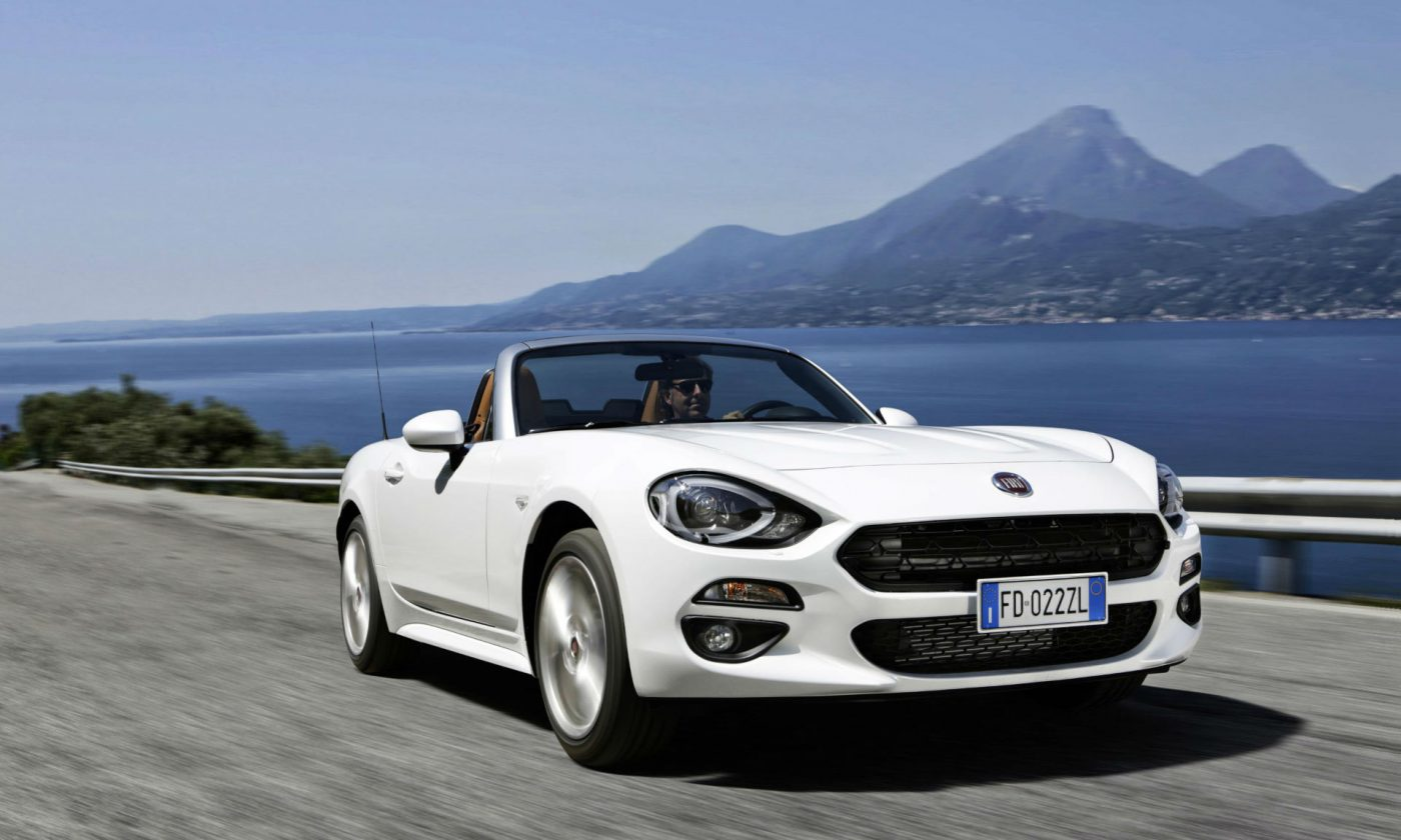 2016 Fiat 124 Spider White Front carwitter 1400x840 - Fiat 124 Spider pricing announced - Fiat 124 Spider pricing announced