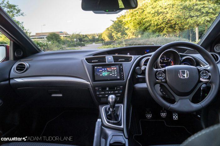 2016 Honda Civic Sport Review 1.6 iDTEC - Dashboard - carwitter