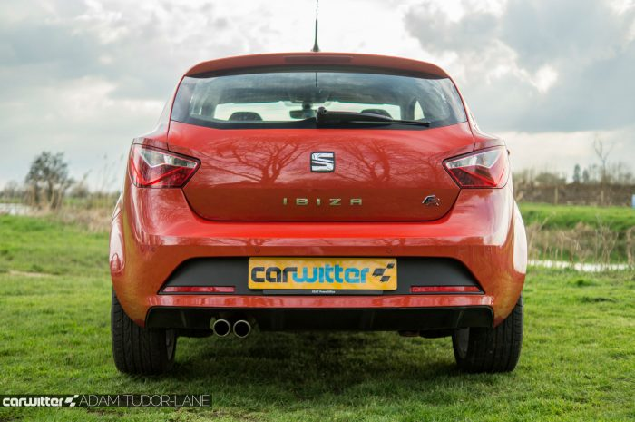 2016 SEAT Ibiza FR Review - Rear - carwitter