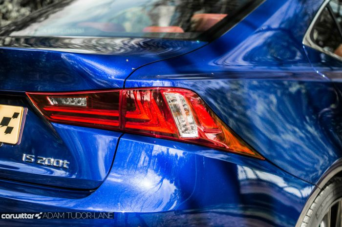 2016 Lexus is200t Review - Rear Brake Light - carwitter