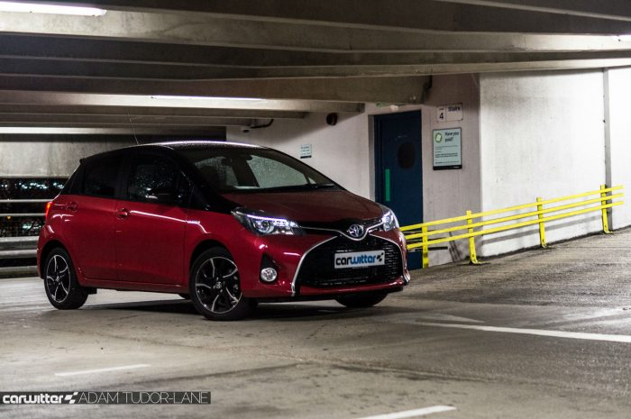 2016 Toyota Yaris Hybrid Review Front Angle 2 carwitter 700x465 - Toyota Yaris Hybrid Review – Worth the money? - Toyota Yaris Hybrid Review – Worth the money?