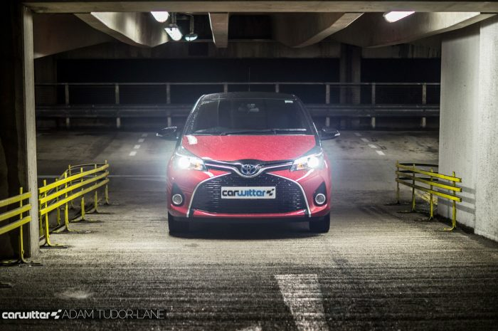 2016 Toyota Yaris Hybrid Review Front Scene carwitter 700x465 - Toyota Yaris Hybrid Review – Worth the money? - Toyota Yaris Hybrid Review – Worth the money?