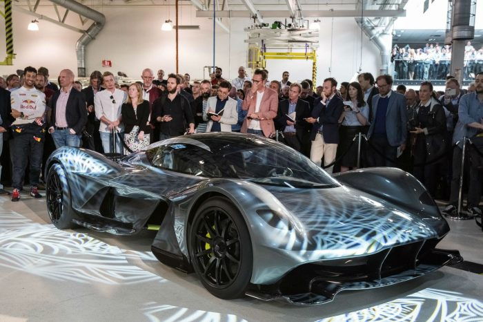 Aston Martin Red Bull Racing AM-RB 001 - Front - carwitter