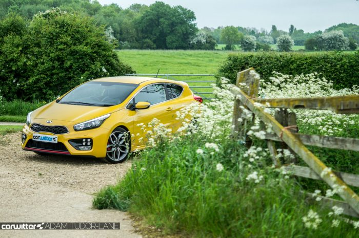 2016 KIA Pro Ceed GT Review Front Scene carwitter 700x465 - 2016 Kia Pro Ceed GT Review – Still a winner - 2016 Kia Pro Ceed GT Review – Still a winner